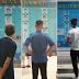 Tribunal da China exibe fotos de devedores em paradas de ônibus
