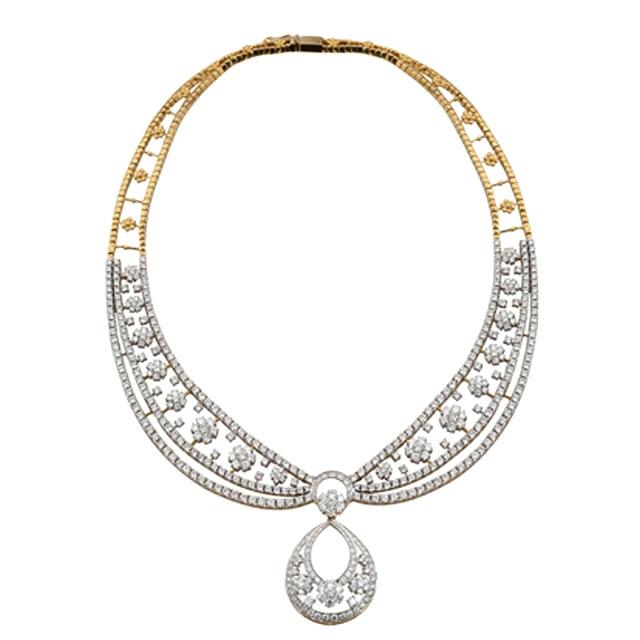 Diamond Necklace by VelvetCase.com- Rs. 17,45,629