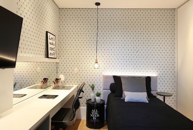 female- bedroom -with- black- and -white -decoration