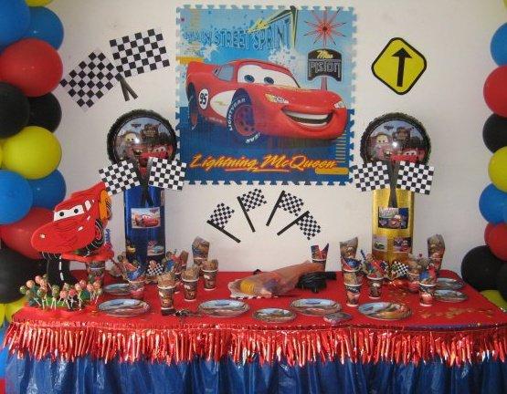 Rincon de decoraci n de fiestas infantiles de cars - Cosas para decorar una fiesta ...