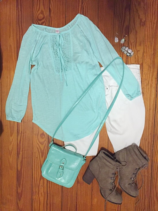 mint crochet front panel outfit of the day