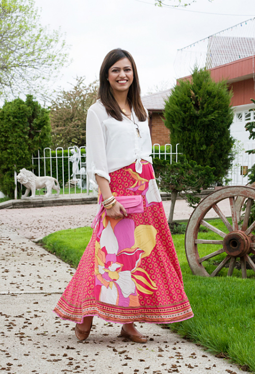 7776fe7ff9 How to Style a Maxi Skirt