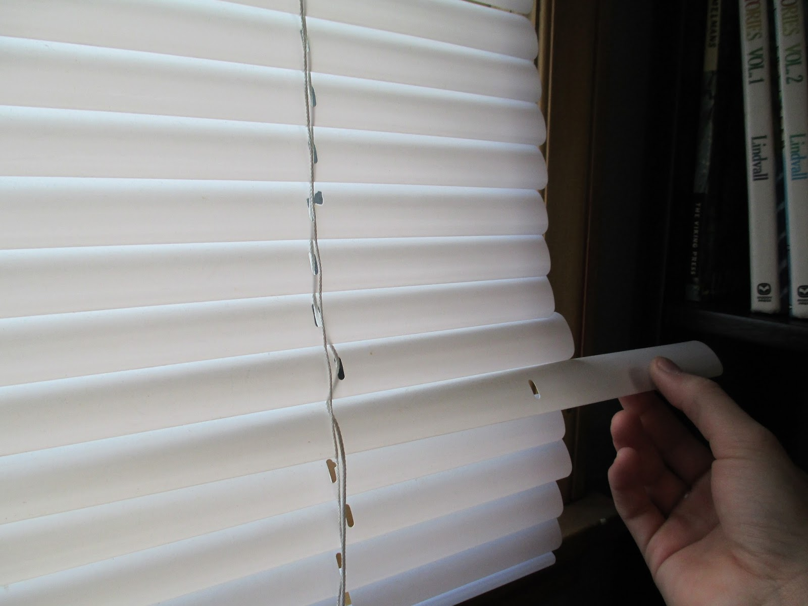 Oaken Gearbox Fix Those Annoying Too Long Mini Blinds