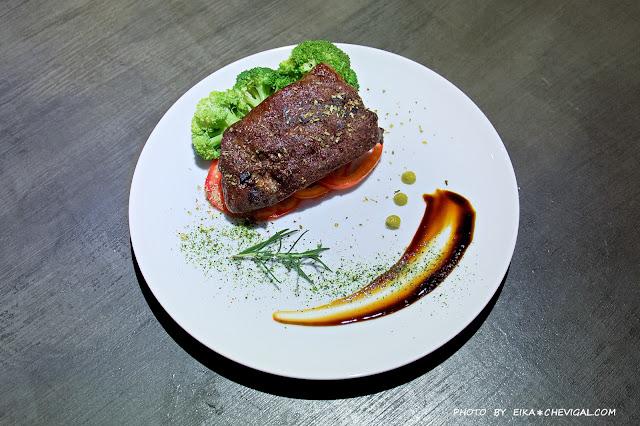 MG 6110 - 熱血採訪│上層人生再進化!傳說中台中最佛心的牛排,想吃還要看緣份!