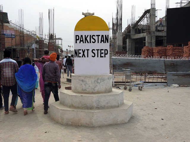That being this close to one of the most tenuous borders known - Wagah | Punjab (April 2016)