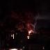 COMPÁRTELO - VÍDEO - Nueve autobuses de la OMSA resultan quemados en incendio en depósito autopista Duarte