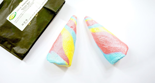 Read my Lush Cosmetics Unicorn Horn Review