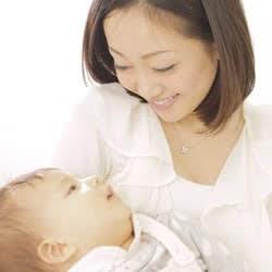 ぬいぐるみは、女性の母性本能を刺激させる