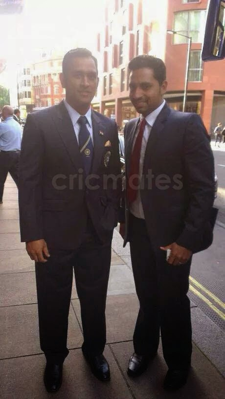 PHOTOS: Indian Cricket Team players snapped in London by a fan ~ Cricmates