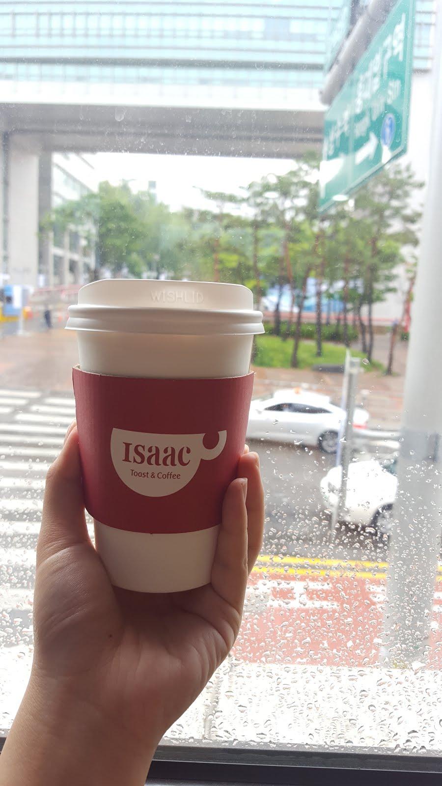 Erika Travels Seoul 2017 Day 2 Part 1 Hongdae S Isaac