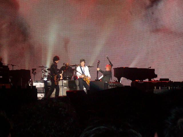 Em dia de chuva, Paul McCartney fez primeiro show do Allianz Parque