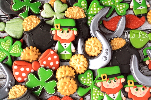 How To Make Decorated Leprechaun Cookies for St. Patrick's Day ~ Tutorial