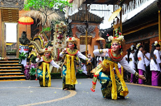 The resplendent Bali Arts Festival 2015