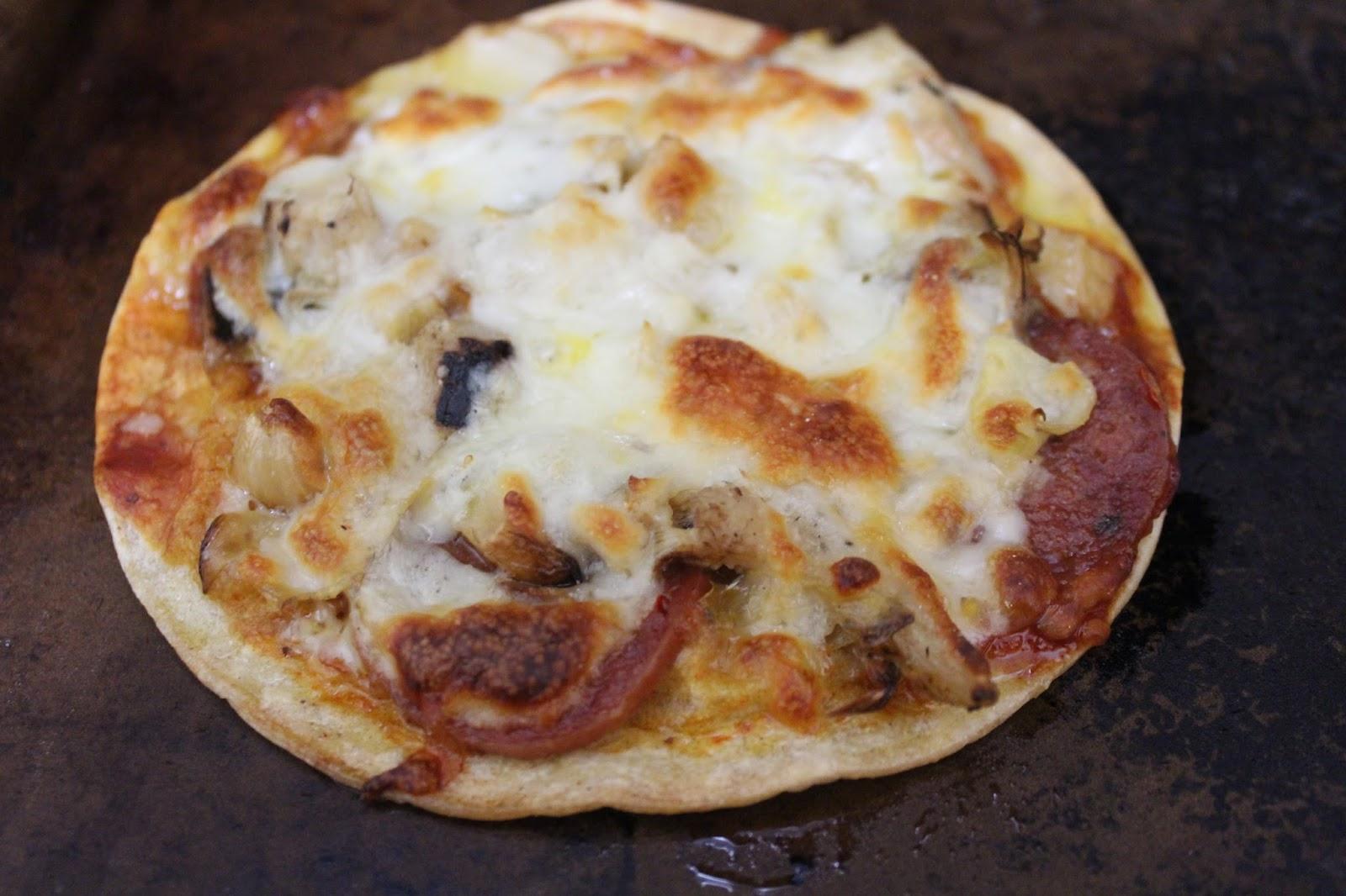 salami artichoke pizza