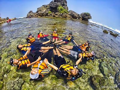 Pantai Nglambor Gunungkidul: Tempat Snorkeling Paling Asik