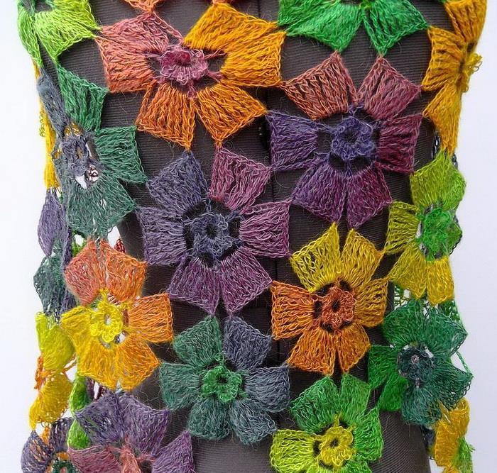 Crochet Shawls: Crochet Pattern Of Flowers Wrap Shawl ...