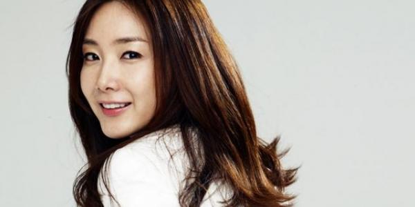 Choi Ji Woo Tetap Pilih YG Entertainment sebagai Agensi