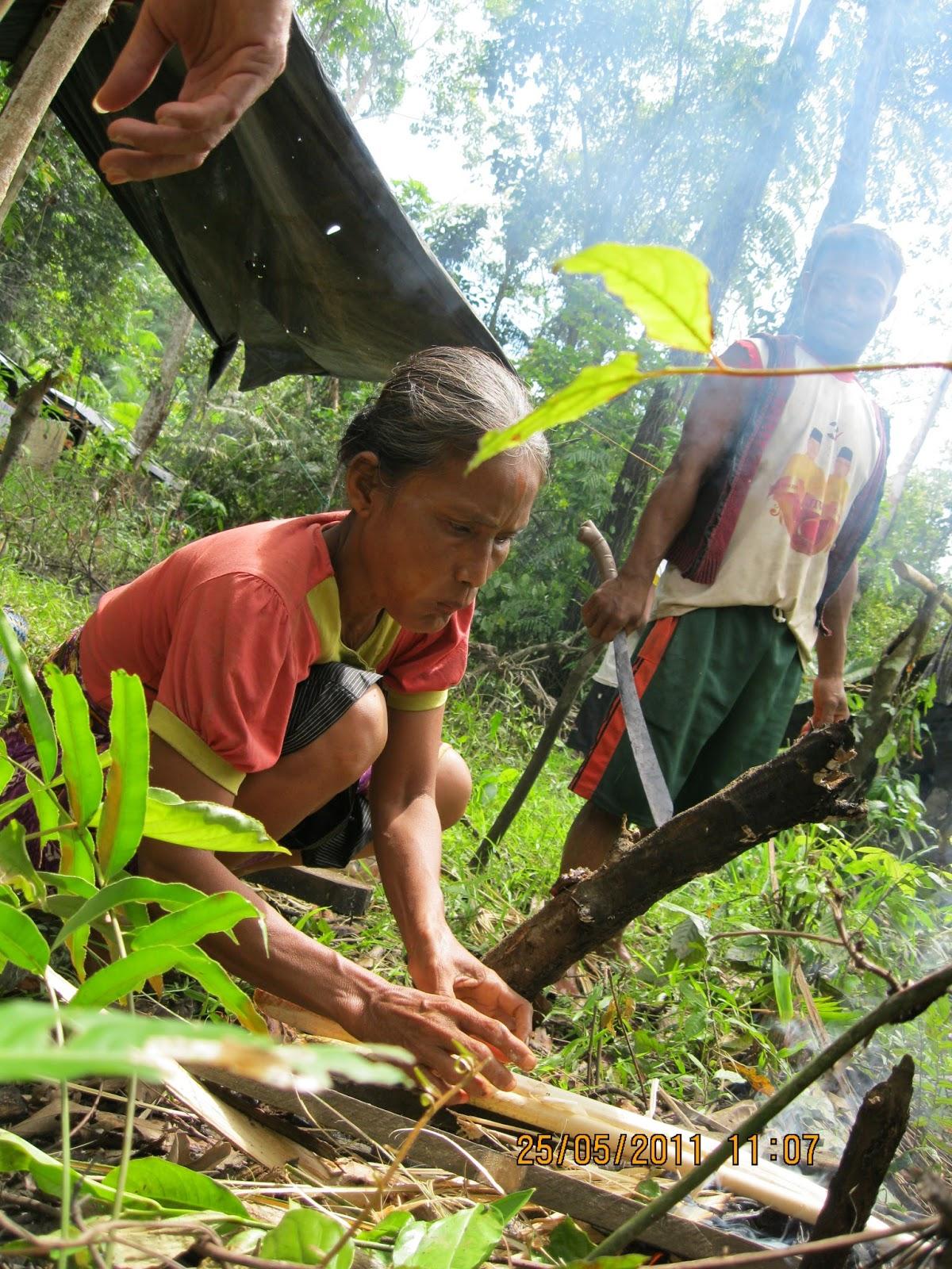 BANDAR SELAT MELAKA: Menelusuri Kehidupan Suku Bonai di ...