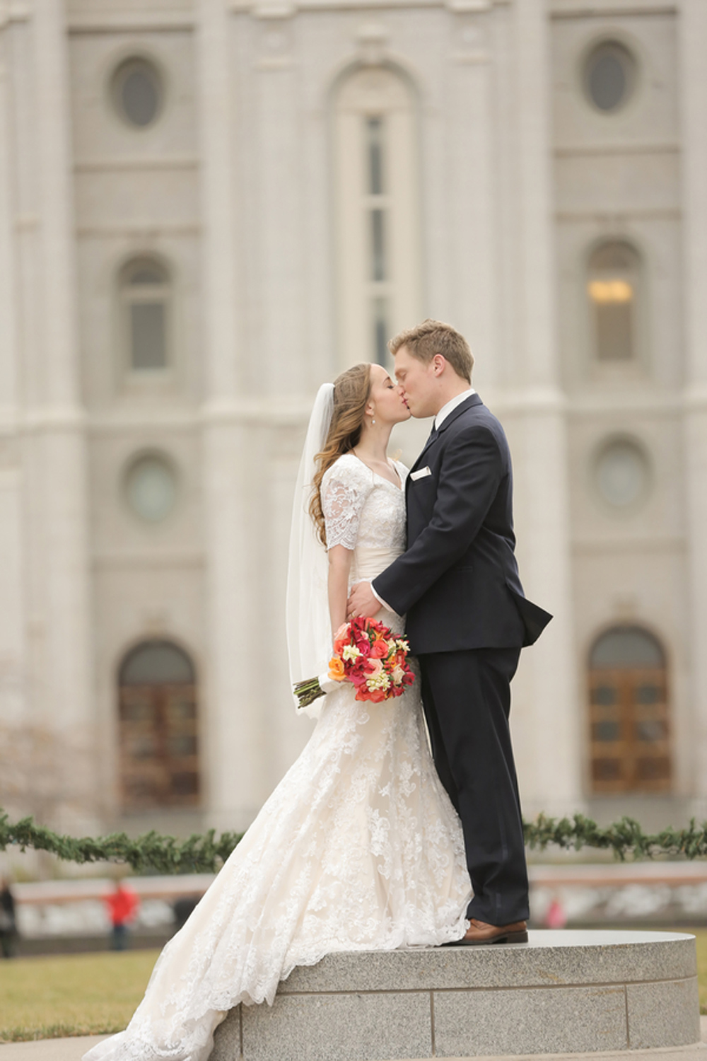 Savvy Deets Bridal Hailey Amp Daniel S Winter Perfect Lds