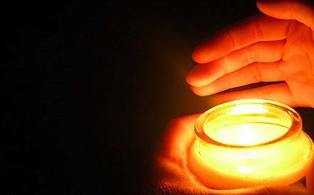 """Lunedì della XXV settimana del Tempo Ordinario (Anno dispari) - """"La lampada si pone su un candelabro, perché chi entra veda la luce"""""""