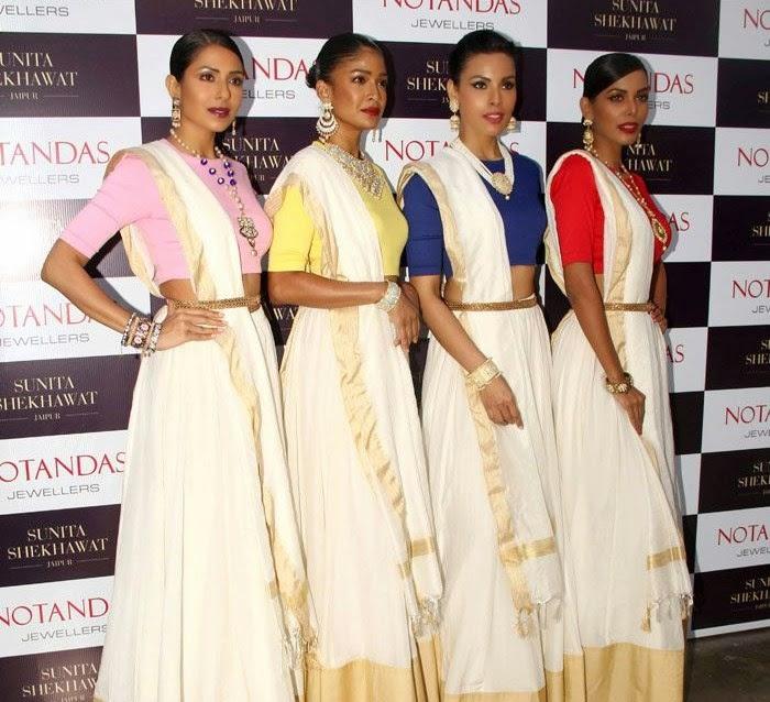 Carol Gracias, Candice Pinto, Deepti Gujral, Natasha Suri, Karisma Kapoor at Sunita Shekhawat Jewellery Launch