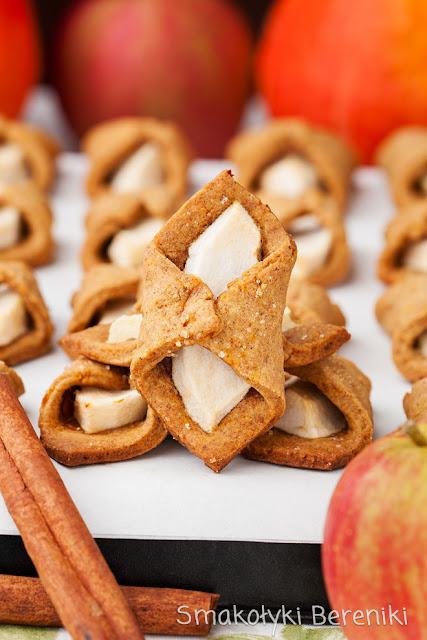 Ciasteczka z jabłkiem i cynamonem