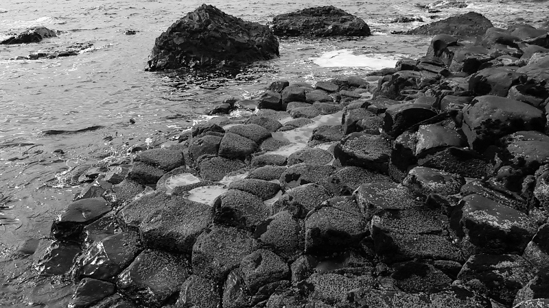 Sea on the rocks at the Giant's Causeway