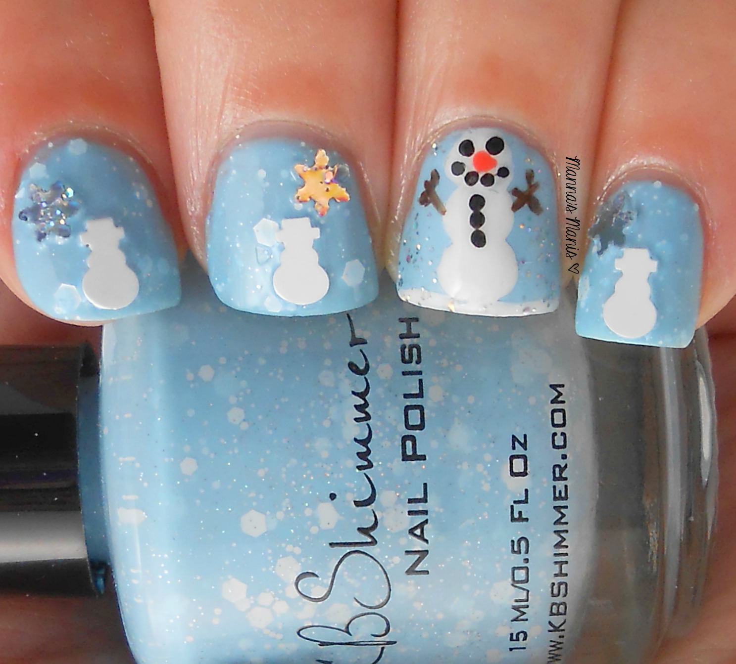 freehand snowman nail art