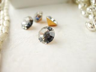 vintage style jewelry, rhinestone jewelry