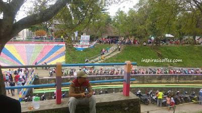 wisata Dam Jati di hari minggu