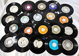 Vinyl Records May Outsell CDs For The First Time...