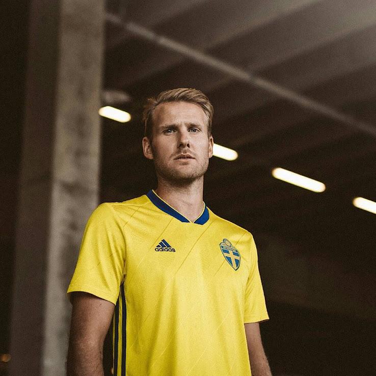 1bbae6f25af Sweden 2018 Home Kit Released - Footy Headlines