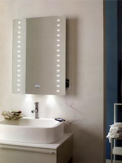 Specchi da bagno con lettore MP3 luci a LED e antiappannamento
