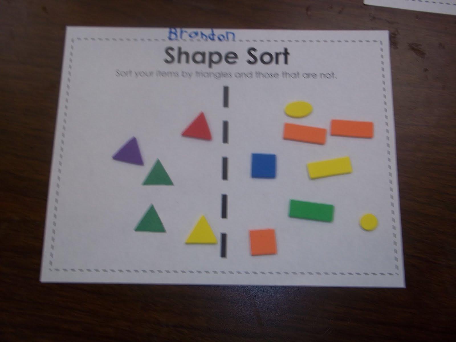 Kinder Garden: Mrs. Wood's Kindergarten Class: Shapes
