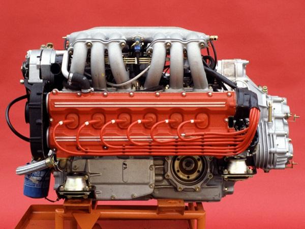 Motor Ferrari Testarossa