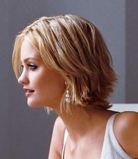 Contoh gambar model gaya rambut pendek wanita berwajah bulat masa kini