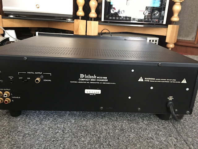 Đầu CD McIntosh: 7008 - Made in USA