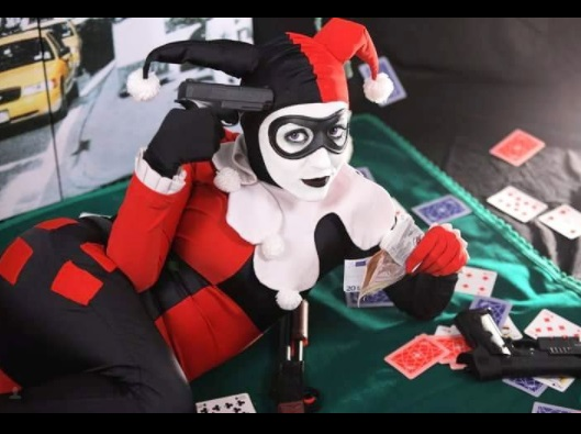 Harley Quinn cosplays