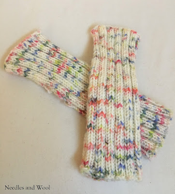 ribbed fingerless mittens