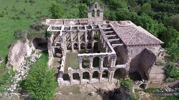 El Monasterio abandonado de Santa María de Rioseco
