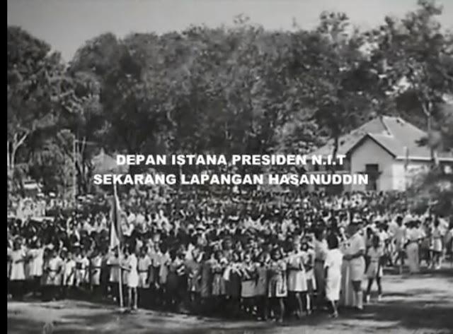 Depan Istana Presiden N.I.T (Sekarang Lapangan Hasanuddin)