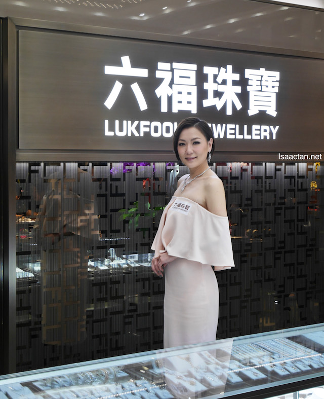 Ms. Kristal Tin, winner of TVB Anniversary Award for Best Actress and Most Popular Actress, Lukfook Jewellery's invited VIP guest