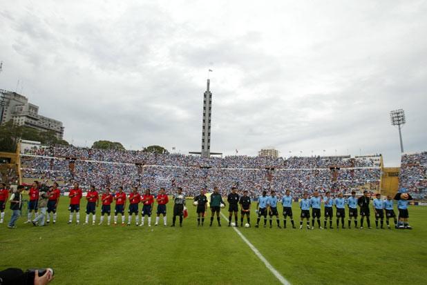 Uruguay y Chile en Clasificatorias a Alemania 2006, 15 de noviembre de 2003