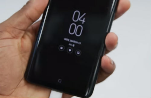 Samsung Galaxy S9 screen went black, blank and unresponsive  Here's