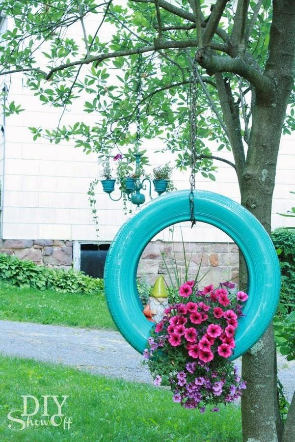 http://diyshowoff.com/2013/07/02/diy-tire-planter-tutorial/