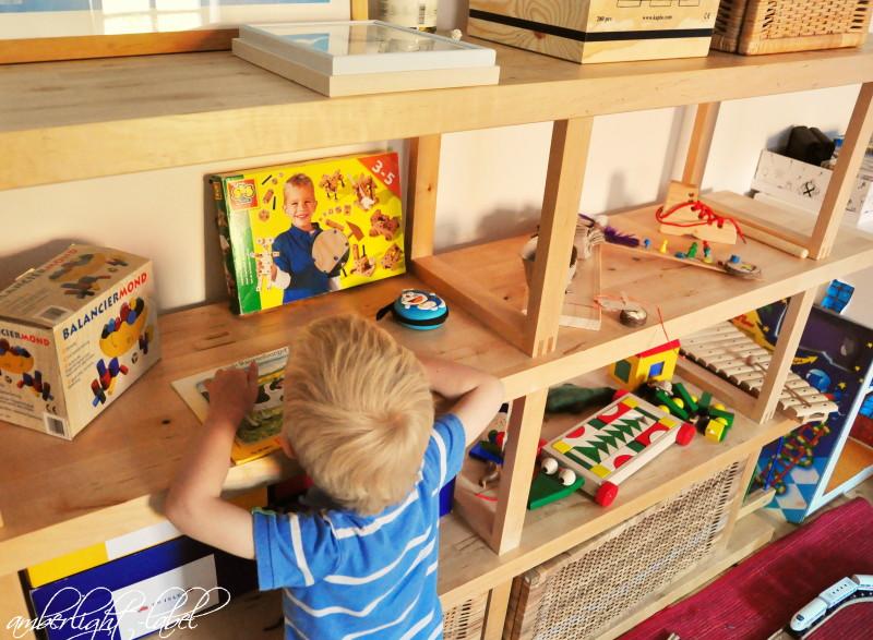Minimalismus im Kinderzimmer - amberlight-label