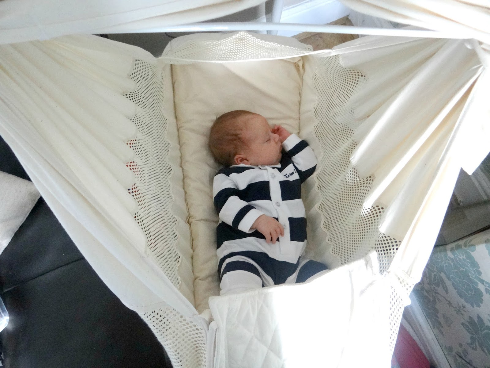 i would re mend this hammock to anyone who has a newborn young baby or expecting a baby  poco baby hammock review   life as mum   uk family lifestyle blog  rh   life as mum co uk