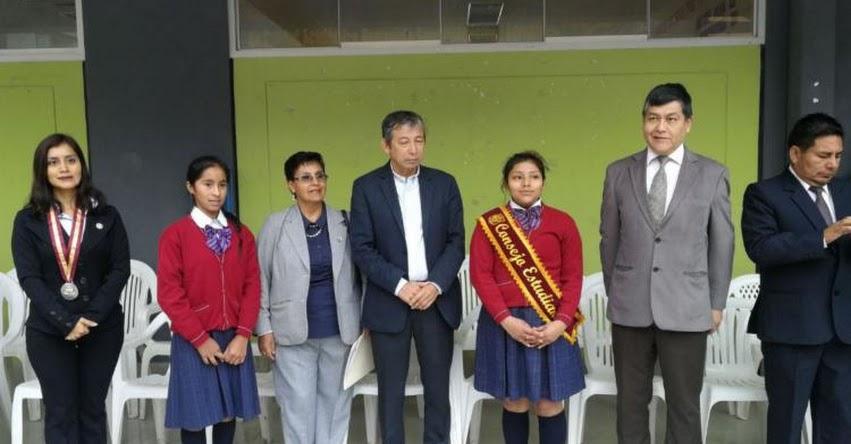 Gobierno promueve la educación de calidad en colegios públicos