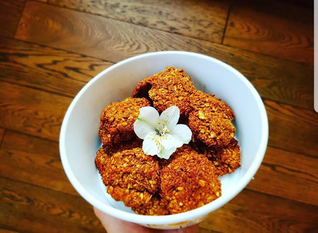 Ciasteczka owsiane z karobem