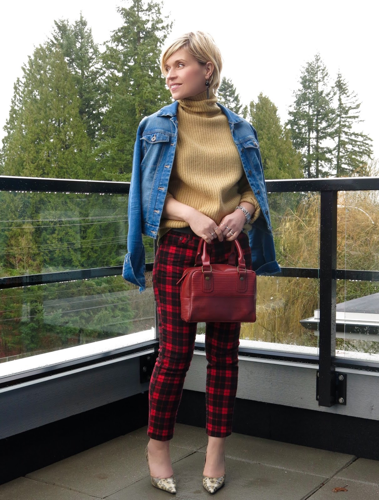 Pageantry: tartan skinnies, turtleneck sweater, and a denim jacket